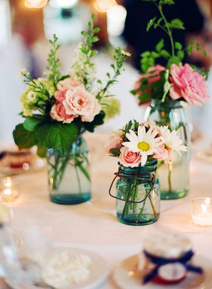 Mason jars as gorgeous unique centerpiece vases
